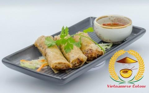 2. Fried spring rolls